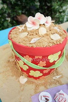 sandbox cake!  from cakewrecks.  very cute idea.