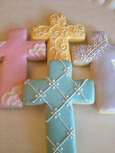 Cross Cookies, Fancy Cookies, Iced Cookies, Cute Cookies, Easter Cookies, Royal Icing Cookies, Holiday Cookies, Cookies Et Biscuits, Sugar Cookies