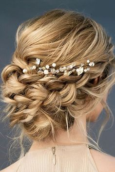 Beautiful loose braided updos bridal hairstyle perfect for any wedding venue - T. - Beautiful loose braided updos bridal hairstyle perfect for any wedding venue - This stunning wedding hairstyle for long hair is perfect for wedding day - Romantic Hairstyles, Wedding Hairstyles For Long Hair, Wedding Hair And Makeup, Up Hairstyles, Hair Makeup, Hairstyle Ideas, Braids For Wedding, Braided Bridal Hairstyles, Boho Wedding Hair Updo