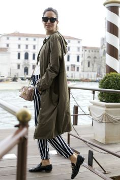 AMLUL.COM: Look of the Day.337: Venice with Stripes
