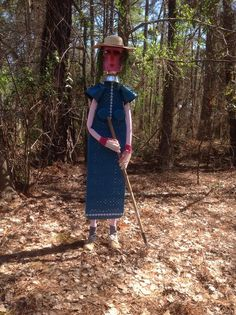 Fun project making a garden lady from an old ironing board and misc junk: