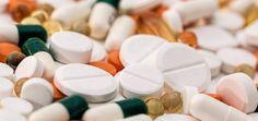 Al seleccionar los mejores medicamentos antiinflamatorios, es posible que deba probar varios antes de encontrar el que mejor se adapte a la inflamación que tiene. Tomar medicamentos antiinflamatorios y agregar algunas especias y hierbas comunes a una dieta bien equilibrada puede ayudar a detener la inflamación.