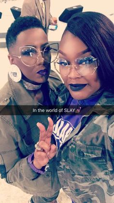 Nice Glasses, Funky Glasses, Love Fashion, Fashion Beauty, Short Sassy Hair, Fashion Eye Glasses, Girls Makeup, Black Girl Magic, Her Hair