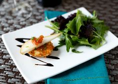 Looking for Fast & Easy Appetizer Recipes! Recipechart has over free recipes for you to browse. Find more recipes like Fried Goat Cheese with Pear, Crispy Prosciutto, and Balsamic Reduction. Appetizer Recipes, Salad Recipes, Cheese Appetizers, Yummy Appetizers, Healthy Recipes, Balsamic Reduction Recipe, Fried Goat Cheese, Bruchetta, Cheese Bites