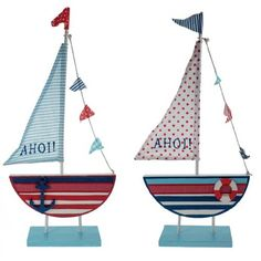 Nautical Gifts - maritime and nautical themed gifts and beach and nautical decor from Dorset Gifts in the UK, gift shop in Poole. Marine and nautical gifts for the living room, bathroom, garden or boat or as props for seaside window displays for contemporary window dressing including nautical gifts, nautical wooden coat racks, model wooden ships and tin ships, ships lanterns, ships clocks, table lamps, telescopes, ships wheels and globes. Nautical gift, seaside decor, beach decor and…