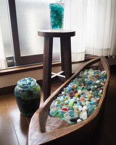 """(@seaglass_takechan) on Instagram: """"宝船⛵ バリチックの大きな木の彫り物買いました 容量ありそうだったので全部入ると思ったら入りませんでした #シーグラス#seaglass#アジアン#バリ#船#家具#インテリア#interior"""""""