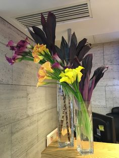 Office Floral Arrangements Inside Flower Arrangements Restaurant Twist Diner Restaurants Dining Room The 60 Best Hotel Office Flowers Images On Pinterest
