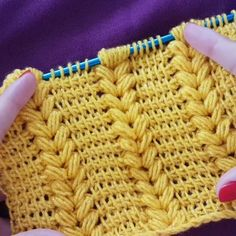 Most up-to-date Pictures Tunisian Crochet videos Popular Diy Crochet, Crochet Crafts, Crochet Projects, Tunisian Crochet Patterns, Knitting Patterns, Youtube Crochet, Crochet Videos, Knitting Stitches, Hand Knitting