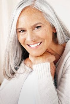 Gorgeous face, lovely silver hair, and great smile #ageless #beauty