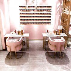 Beauty Room Salon, Beauty Room Decor, Beauty Salon Interior, Salon Interior Design, Interior Design Magazine, Nail Salon Design, Pink Nail Salon, Home Nail Salon, Nail Pink