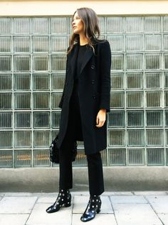 Elevate An All-Black Outfit With Statement Boots (Le Fashion) Looks Style, My Style, Fashion Gone Rouge, Style Noir, All Black Looks, Moda Chic, All Black Outfit, Black Outfits, Street Style