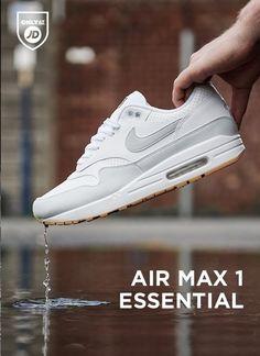 innovative design 938db d8d5f Nike Air Max 1 Essential