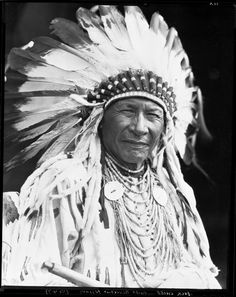 Duck Chief, Siksika Nation Provincial Archives of Alberta, from the Harry Pollard fonds, Native American Pictures, Native American Quotes, Native American Beauty, Native American Tribes, American Indian Art, Native American History, Native Americans, American Symbols, American Women