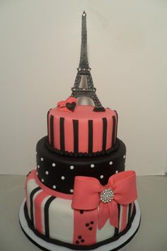 Or this for amazing birthday cake  oui oui