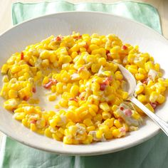 Slow Cooker Green Chili Creamed Corn - When hosting big meals, I sometimes run out of burners. Then I realized my slow cooker could help by simmering corn and green chilies with pickled jalapenos. Side Dish Recipes, Veggie Recipes, Mexican Food Recipes, Side Dishes, Dishes Recipes, Veggie Dishes, Ww Recipes, Summer Recipes, Recipes