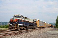 GE Evolution Diesel-electric locomotive, NS ES44AC 8101 in Lewistown PA in USA