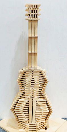 Amazing guitar made of Linden blocks. Grimms Rainbow, Popsicle Stick Art, Castle Crafts, Wood Architecture, Cool Lego, Lego Building, Plank, Ukulele, Guitar