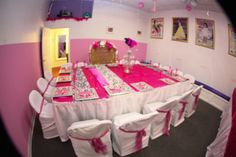 Glamour Birthday Party Room!  www.wbglamourparties.com