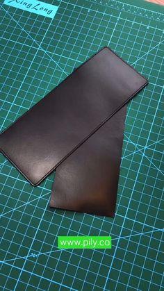 Leather Bag Tutorial, Leather Bag Pattern, Sewing Leather, Stitching Leather, Handmade Leather Wallet, Leather Card Wallet, Leather Crafts, Leather Projects, Crea Cuir