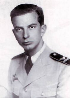 Jozsef Bejczy, WWII Hungarian ace with 6 individual vixtories and 1 shared. Germany Ww2, Central And Eastern Europe, World War Two, Historical Photos, Wwii, Air Force, Pilot, Aviation, Culture