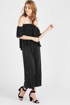 Pleated Pants <br> <br> Bae, look totally #ontrend with our new Pleated Pants. This loose fitting pleated pant can be worn all day erryday and also into the evenings. These pleat pants are so versatile! You can dress them down with sneakers and a Baby Tee - or up with heels and the matching Pleated Cami - so hot. Also featuring an elastic waist band, these pants are actually so comfy you will want to wear them 24/7. (Outfit repeating never looked or felt so good, srsly!) <br> <br> - Metallic…