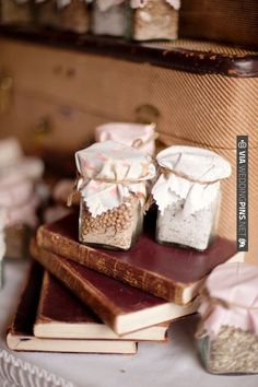 spice jar wedding favors | CHECK OUT MORE IDEAS AT WEDDINGPINS.NET | #weddingfavors