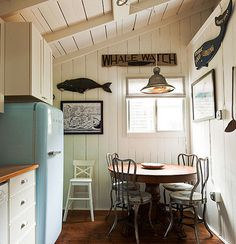 nautical-whale watch kitchen (table)