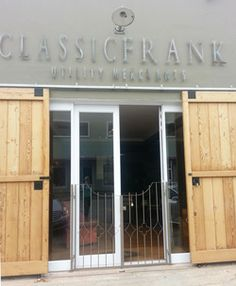 Classic Frank is in Port Elizabeth and is as the name suggest classic elegant decor with a touch of boho vintage.
