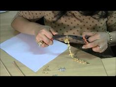 AnaGGabriela - Video-Aula 78 Pulseira com entremeios de cruz com strass e spikes - YouTube