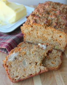 Cheesy Caramelized Onion Beer Bread.  Sweet caramelized onions and salty cheese mixed with beer make for a perfect bread!