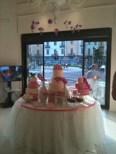 Romantic pink table