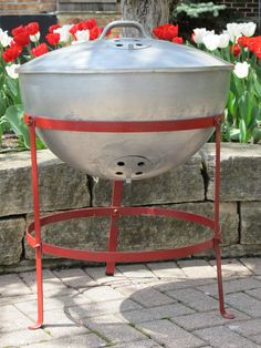 "The original Weber grill from 1952. George Stephen's ""home run""."