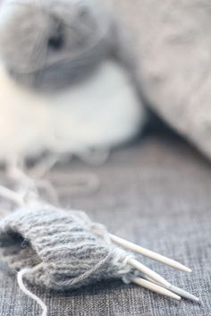 ♥at least we can knit on a grey rainy day!