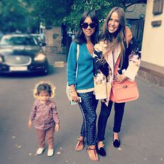 Natasha Goldenberg with daughter Misha and a friend.