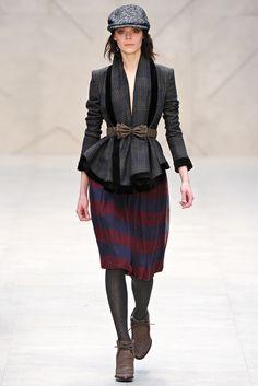 Burberry Prorsum Fall 2012 Ready-to-Wear Fashion Show - Kinga Rajzak
