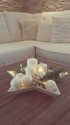 I dream of a white Christmas 8 ideas for white decoration in Chr .- I dream of a white Christmas 8 ideas for white decoration in Christmas Decoration The post I dream of a white Christmas 8 ideas for white decorations Christmas 2017, All Things Christmas, Winter Christmas, Christmas Crafts, Magical Christmas, Christmas Candles, Beautiful Christmas, Christmas Ideas, Elegant Christmas