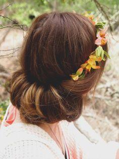 A Lifetime of Rain: Weekly Weakness-Floral Headband