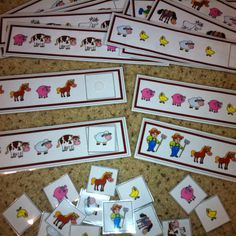 Traveling with kids? Keep the litte ones busy with these. Farm Themed Pattern Cards Keeps kids busy and teaches them a variety of patterns used in Kindergarten