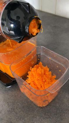 Mehun tekoon kylmäpuristus on paras tapa. Jopa porkkanoista saa hyvin mehun irti. Porkkanamehusta jäävän rouheen voit käyttää leivonnassa tai ruuanlaitossa. Canning, Home Canning, Conservation