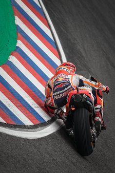 Vinales, Marc Marquez, Motogp, Sports Wallpapers, Racing Motorcycles, Sport Bikes, Motorbikes, Race Cars, Motor Sport