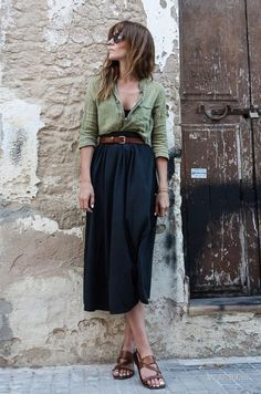 12 Trending Outfits On The Street - Casual Summer Fashion Style. Very Light and Fresh Look. The Best of casual outfits in Date Outfit Casual, Date Outfits, Skirt Outfits, Casual Outfits, Dress Casual, Midi Skirt Casual, Chic Dress, Office Outfits, Look Fashion