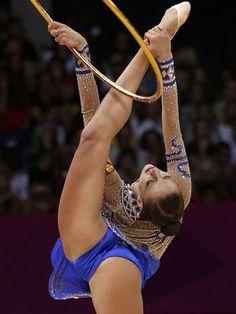 Veja belas imagens da ginástica rítmica nos Jogos de Londres