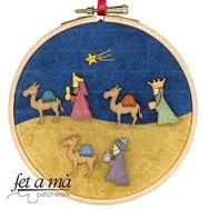 Resultado de imagen para pesebres de botones Christmas Thoughts, 25 Days Of Christmas, Blue Christmas, Felt Christmas, Christmas Ornaments, Christmas 2017, Nativity Crafts, Christmas Projects, Holiday Crafts