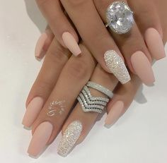 Nail - Hey fashioners, bling nails are definitely beautiful to behold! - - Hey fashioners, bling nails are definitely beautiful to behold! But how do you attain them? Well, painting your nails with a glitter polish can give t. Matte Nail Art, Cute Acrylic Nails, Matte Nail Designs, Silver Acrylic Nails, Matte Pink Nails, Wedding Acrylic Nails, Acrylic Nails For Spring, Silver And Pink Nails, White Gold Nails