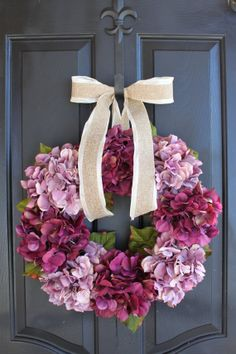 Spring wreath - Hydrangea wreath - make a matching wreath to the purple hydrangea i made last year for the double front doors