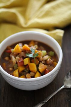 Butternut Squash and Chickpea Chili - - - > http://www.theroastedroot.net
