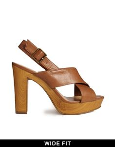 Image 1 ofNew Look Wide Fit Pinnochio Heeled Sandals