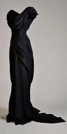 Black Wedding Dress-FANTASY  MEDIEVAL WONDERFUL FASHION