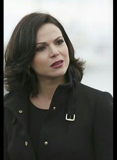 Lana Parrilla, Evil Queen, Evil Regal, Regina Mills, Once Upon A Time Regina Mills, Once Upon A Time, Cricket Games, Time News, Swan Queen, Outlaw Queen, Thing 1, Her Hair, Short Hair Styles