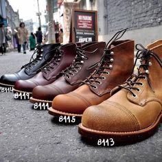 Mens Combat Boots Fashion, Mens Fashion Shoes, Fashion Boots, Male Fashion, Woodland Shoes, Woodland Party, Red Wing Boots Men, Engineer Boots, Style Retro